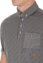Smith & Jones - Coronation Golfer  Grey