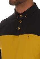 Cutty - Davis Panel golfer Black