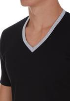 edge - V-Neck T-shirt Black