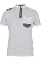 Smith & Jones - Coronation Golfer  White