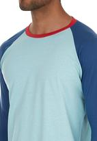 STYLE REPUBLIC - Colourblocked Henley T-shirt Mid Blue