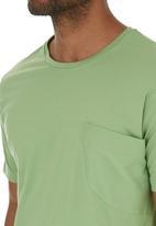 STYLE REPUBLIC - Stripe Pocket T-shirt Mid Green