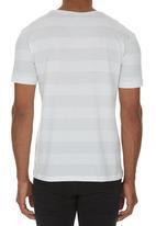 STYLE REPUBLIC - Pocket T-shirt White