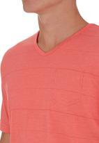 Pride & Soul - Vicente T-shirt Coral