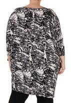edit - Tunic with 3/4 Sleeves Black/White Black and White