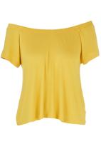 c(inch) - Off the Shoulder Blouse Yellow
