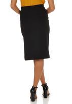 c(inch) - Slit Midi Skirt Black