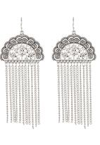 edit - Tribal Fringe Earrings Silver