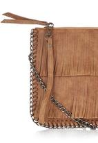 STYLE REPUBLIC - Fringe and Chain Clutch Tan