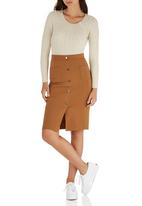 c(inch) - Front Button Midi Skirt Camel