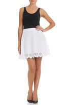 c(inch) - Laser-cut Mini Skirt White