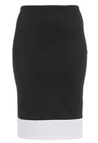 c(inch) - Colourblock Pencil Skirt Black