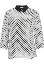 c(inch) - Blouse with back detail Black and White