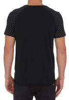 Silent Theory - Stay Out Raglan T-shirt Black