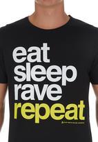 Xplicit - Rave Repeat T-shirt Black