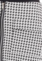 c(inch) - A-line Mini Skirt Black/White Black and White