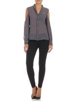 c(inch) - Exposed shoulder shirt Dark Grey