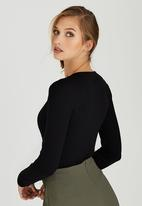 edit - Long Sleeve Knot Front Top Black