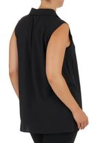 edit - Sleeveless Shirt Black