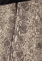 STYLE REPUBLIC - Snakeskin Pencil Skirt