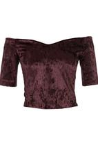 STYLE REPUBLIC - Wine sweetheart off the shoulder top Dark Red