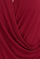 edit - Drapped tee Dark Red