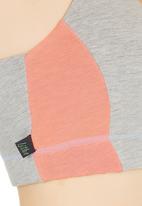 Lithe - Core Crop Top Pale Grey Pale Grey