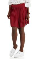c(inch) - Pleated Mini Skirt Dark Red