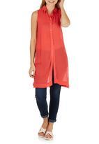 STYLE REPUBLIC - Sleeveless Slit Shirt Coral