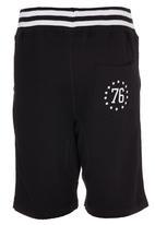 London Hub - Fleece Shorts Black
