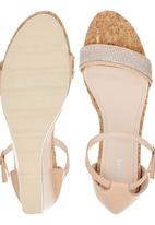 Bata - Diamante Detail Wedges Pale Pink