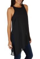 STYLE REPUBLIC - Asymmetrical Sleeveless Blouse Black