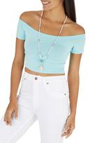 c(inch) - Off the shoulder cropped tank Pale Blue