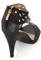 Dolce Vita - Cut Out t-bar Heels Black