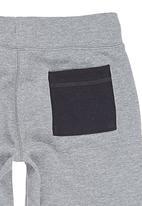 Converse - Capri Track Pants Grey