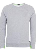 Lithe - Top with Thumbhole Pale Grey Pale Grey