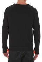 Lithe - Long-sleeve Top with Thumb Inset Black