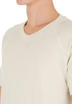 STYLE REPUBLIC - Raglan T-shirt Beige