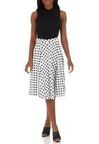 STYLE REPUBLIC - Midi Skirt Black and White
