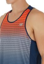 New Balance  - New Balance accelerate singlet graphic vest Mid Blue
