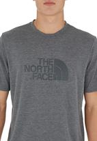 The North Face - Graphic Reaxion Crew Mid Grey  Mid Grey