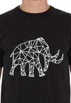 Ice Age - Mammoth T-shirt Black