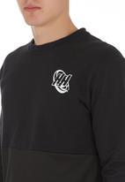 Head Honcho - Head Honcho Air tech long sleeve T-shirt Black