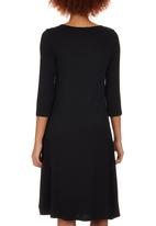 edit - Fit & Flare Knit Dress Black