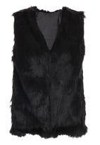 c(inch) - Faux Fur Gilet Black