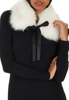ELIGERE - Faux Fur Capelet White