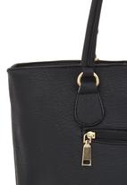 Joy Collectables - Shoulder Bag with Chain Detail Black