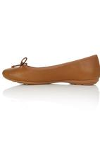 Bata - Pumps with Bow Detail Camel/Tan