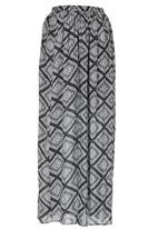 c(inch) - Maxi Skirt with Slits Black and White