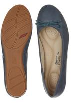 Bata - Pumps with Bow Detail Navy